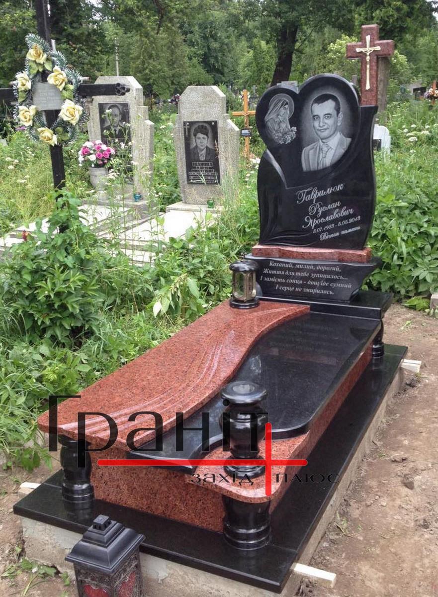 Мемориальный одиночный комплекс из двух видов гранитов Лальск памятник подешевле Гусь-Хрустальный